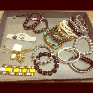 Jewelry - Bracelet lot (24)